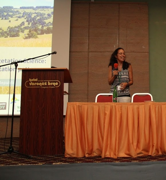 Acosta en International Vegetation Science Symposia