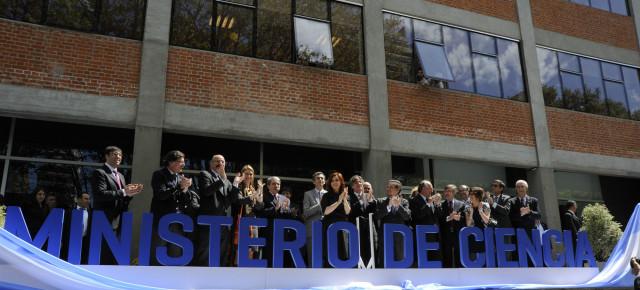 Defendamos la Ciencia Argentina