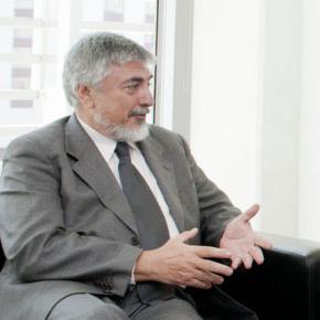 Entrevista al Agregado Científico de la Embajada de Italia en Buenos Aires profesor José M. Kenny